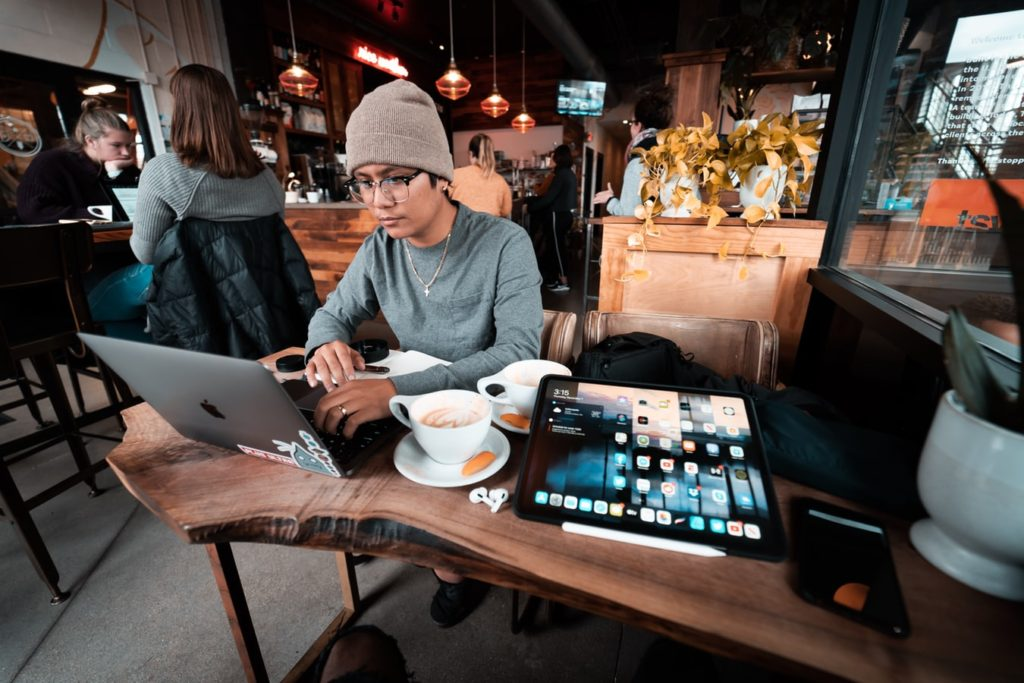 Guy working in a cafe